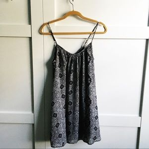 Short Flowy Black and white floral day dress